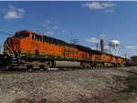 BNSF 7585 (ES44DC)